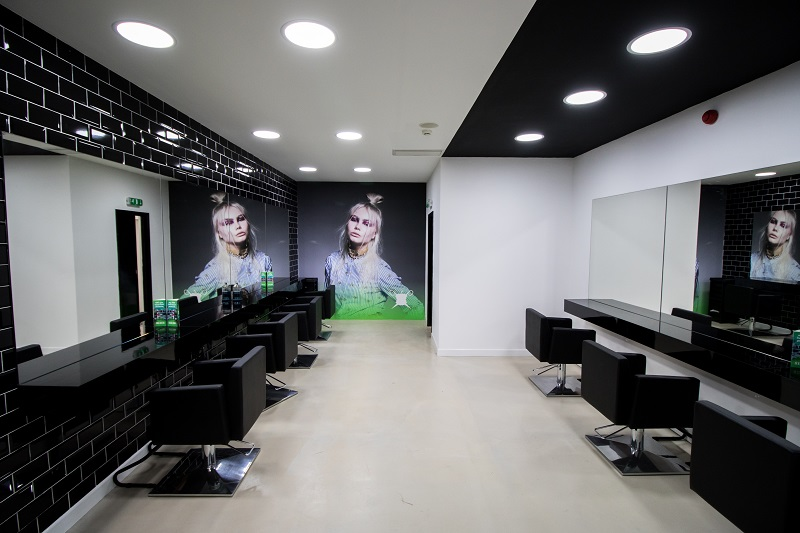 Inside new Bad Apple Salon  - www.salonbusiness.co.uk
