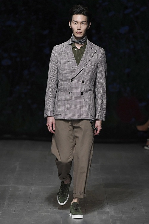 Oliver Spencer Spring Summer 2019 one  - www.salonbusiness.co.uk