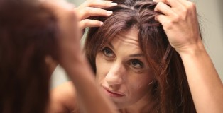 hairloss cover - www.salonbusiness.co.uk
