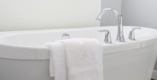 bathtub - www.salonbusiness.co.uk
