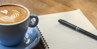 coffee and note pad - www.salonbusiness.co.uk