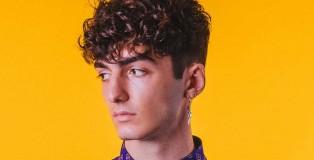 unkempt curls - www.salonbusiness.co.uk